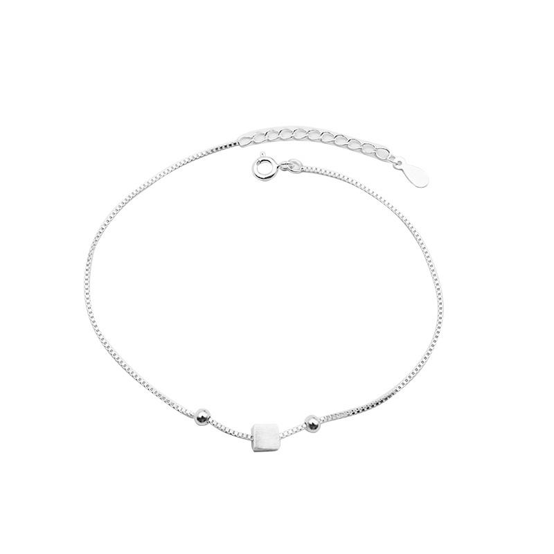 Modish Cube Charm and Chain Anklet for Subtle Accessorization