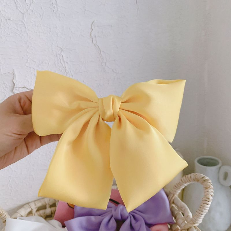 Exaggerated Bow Hair Clip for Modest Girls