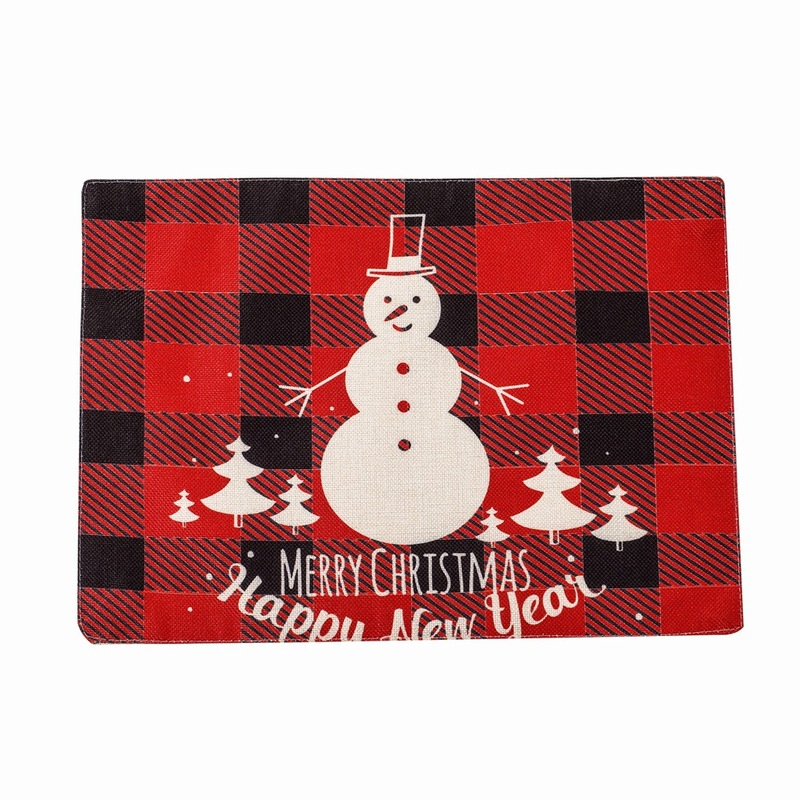 Classic Red Plaid Tablecloth for Christmas Day