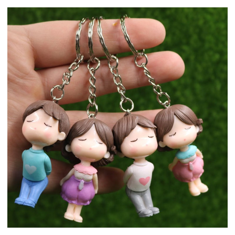 Kissing Couple Keychains for Lovers