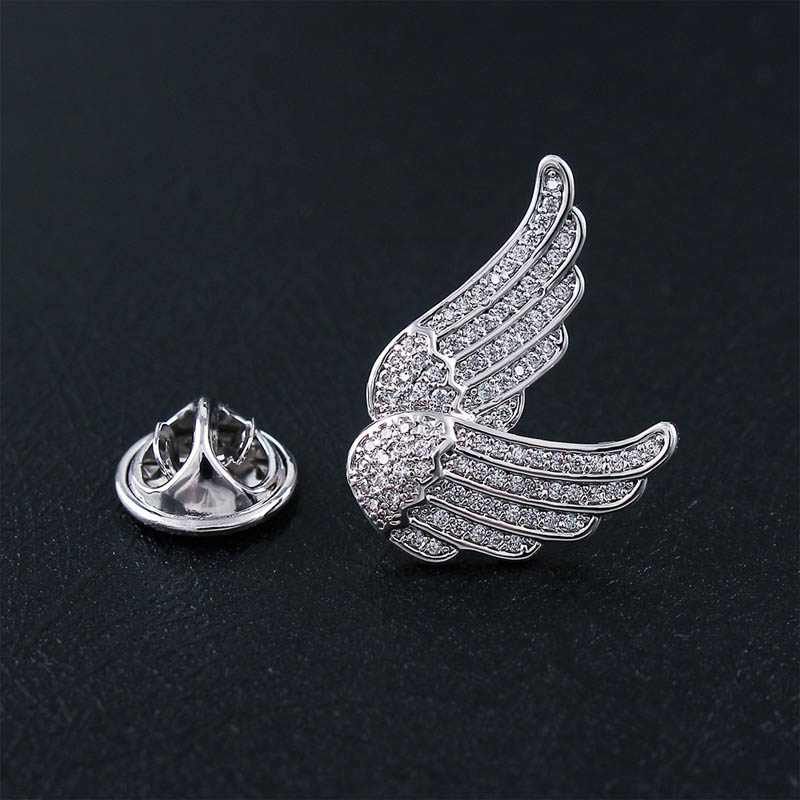 Lavish Angel Wings Pin for Dear Remembrance