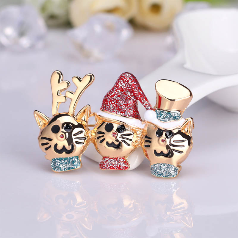 Three Kitten Muskateers Pin for Holiday Lovers