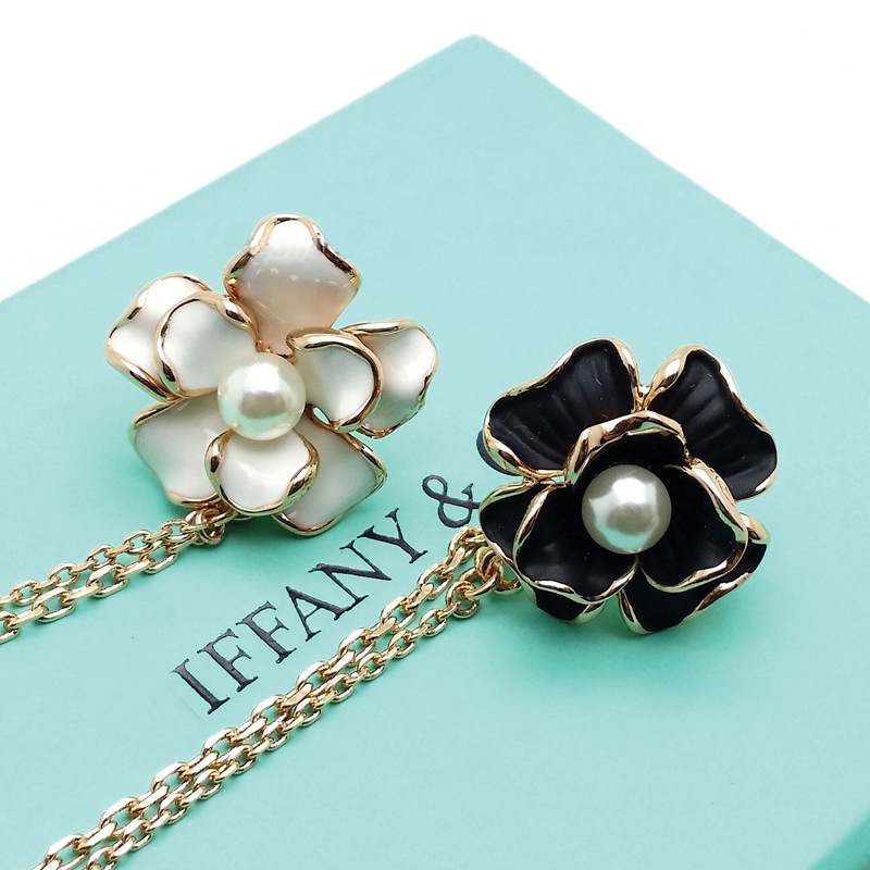 Creative Faux Gem and Flower Chained Brooch for Collars and Blazers