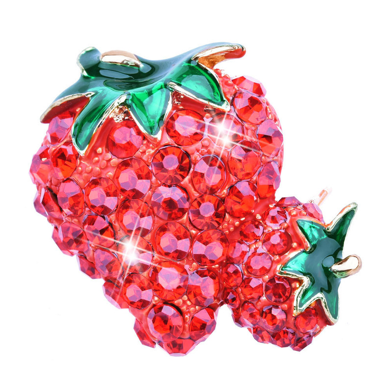 Cool Diamond-Studded Strawberry Fruit Brooch for Statement Attire