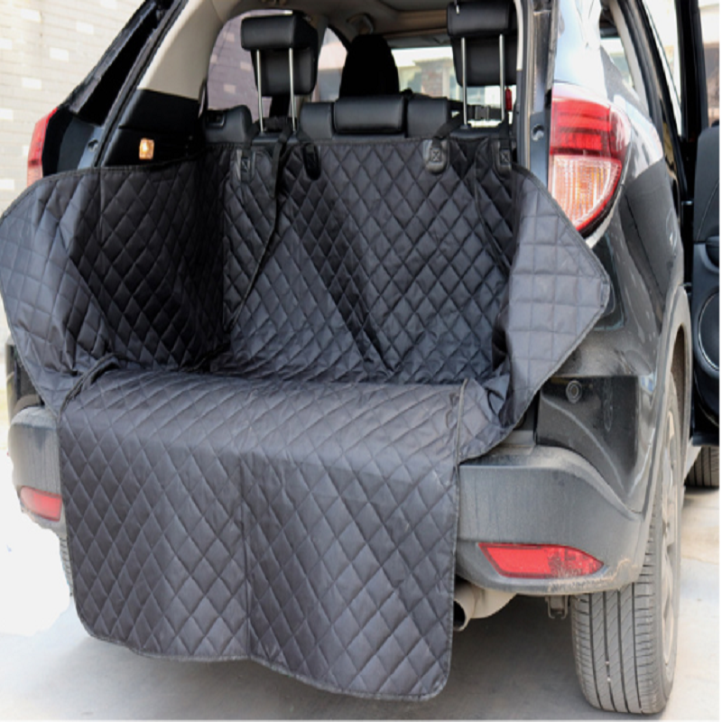 Quilted Trunk Mat for Pet Passengers