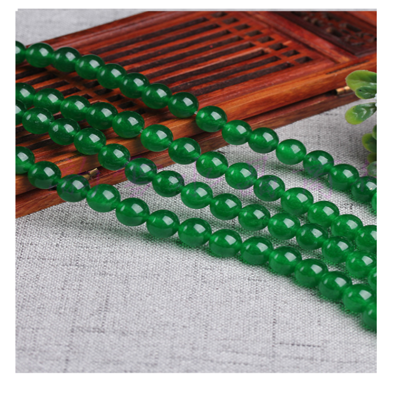 Appealing Green Chalcedony Loose Beads for Accessories