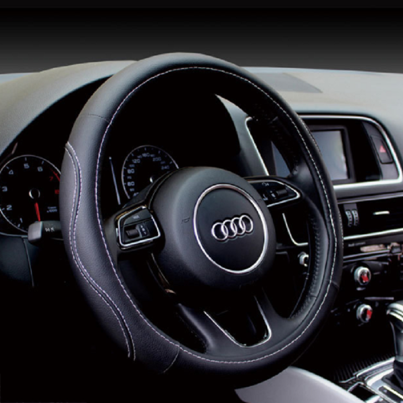 Classy Steering Wheel Covers for Fashionable Driving