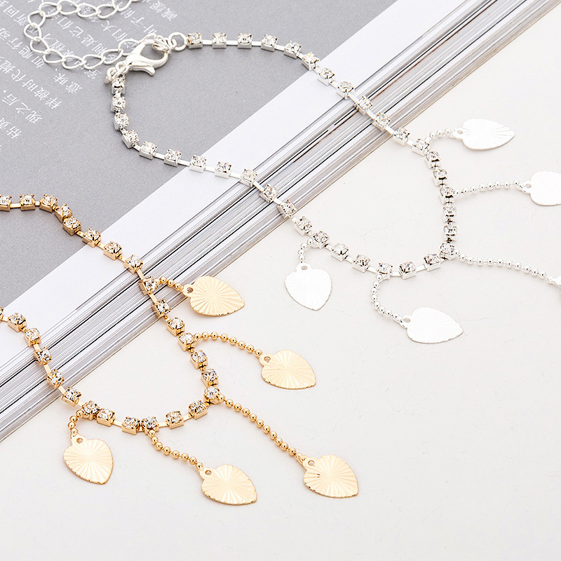 Dangling Hearts Anklet for Adorning Your Ankle