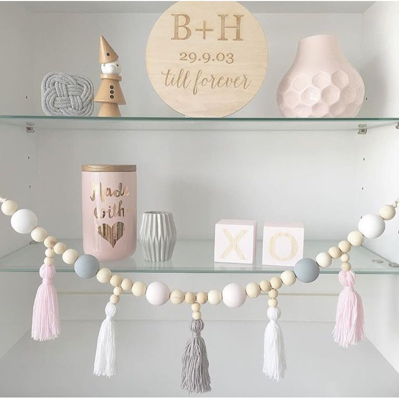 Wood Bead Strings with Multiple Tassels for Room Decorations