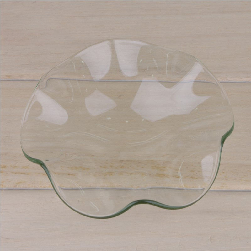 Curved Scent-Diffusing Dish for Essential Oil Lovers