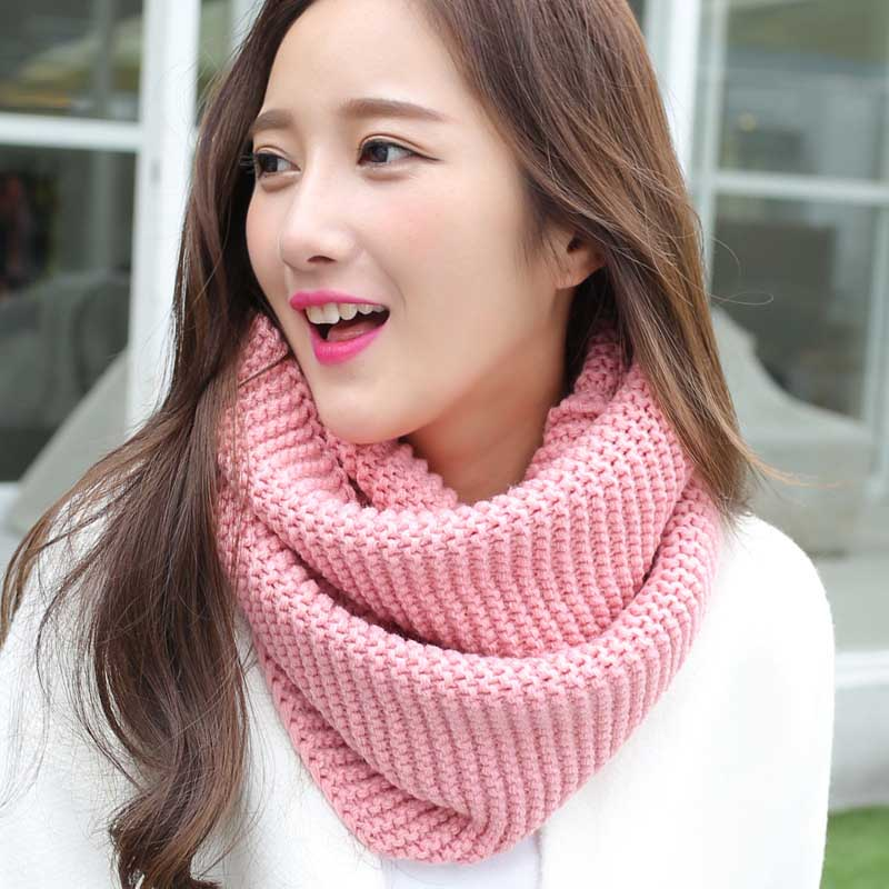 Thick Knitted Scarves for Wrap on Cold Season
