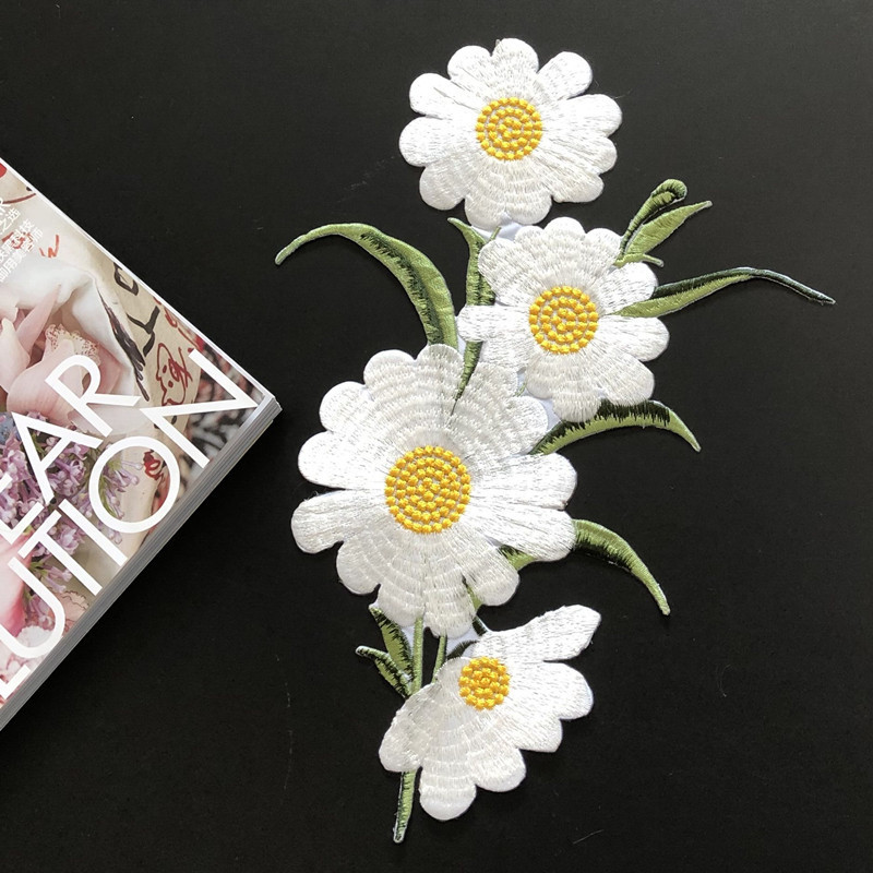 White Daisies Patch for Plain Dresses
