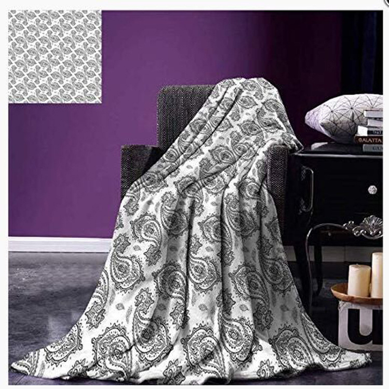 Eye-Catching Flannel Sofa Blanket Design for Photography