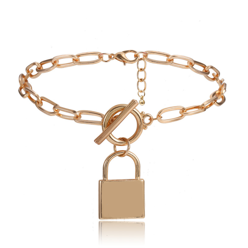 Trendy Lock Anklet for Subtle Edgy Looks