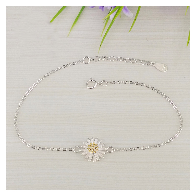 Cute Daisy Pendant Anklet for Maxi Dress