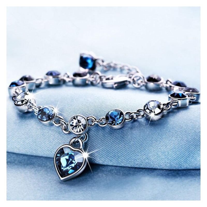Sapphire-Inspired Hearts and Circles Bracelet for Your Lover