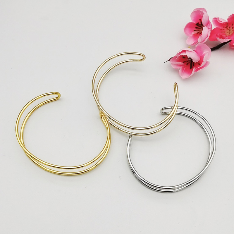 Modern Loop Cuff Bracelet for Any Occasion