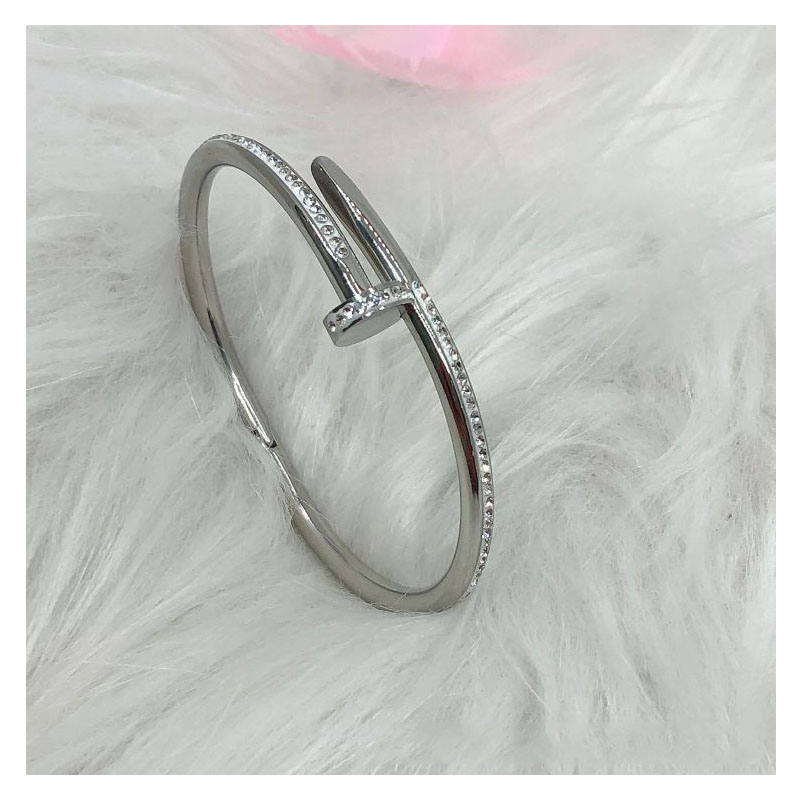 Powerful Vibe Nail Bracelet for Hip Style