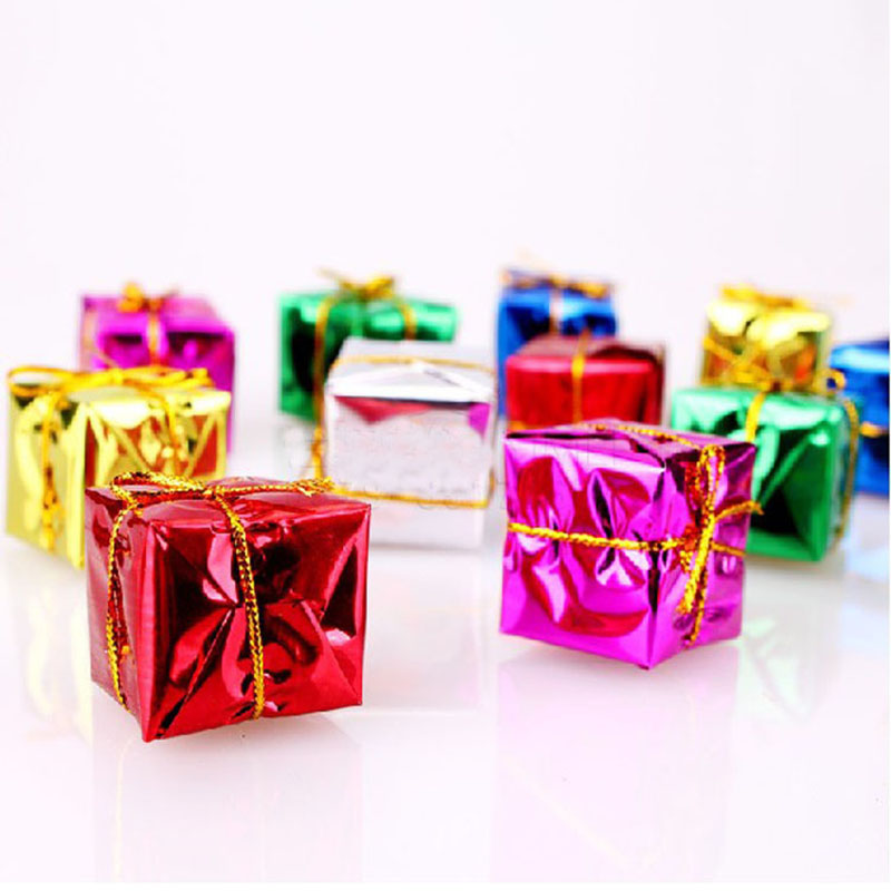 Petite Paper Christmas Gift Boxes for Decorating Desks