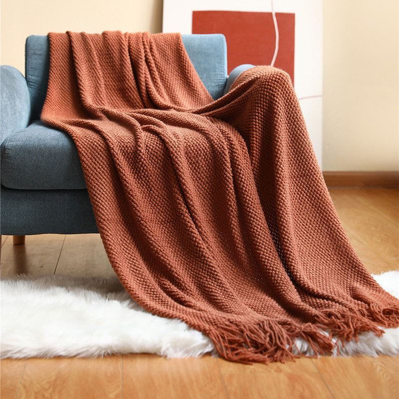 Monochromatic Woven Fiber Blanket with Tassels for Decorating Couches