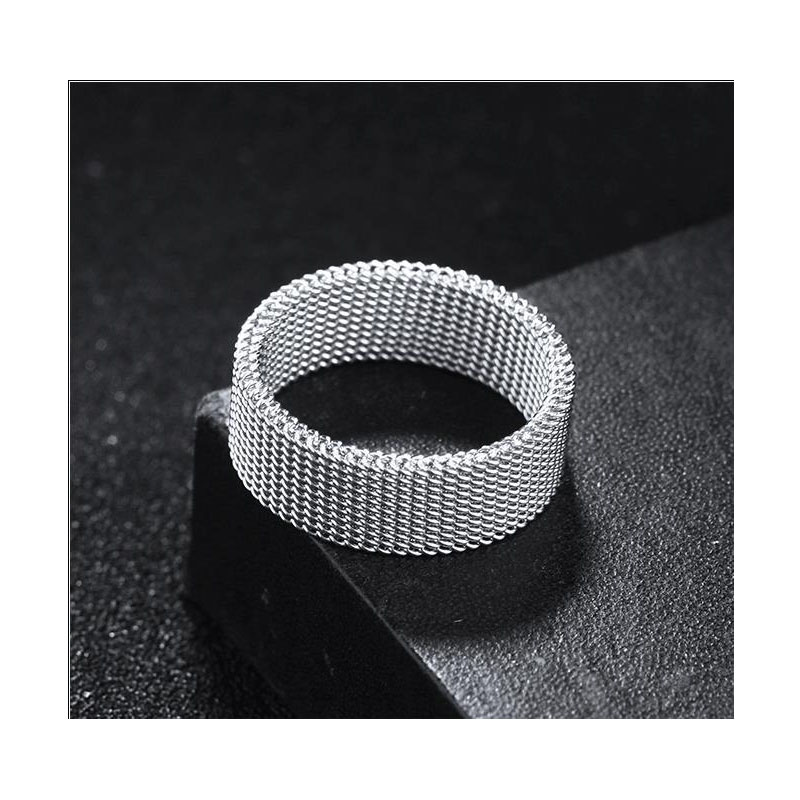 Silver Milanese Chainlink Ring for Minimalist Looks