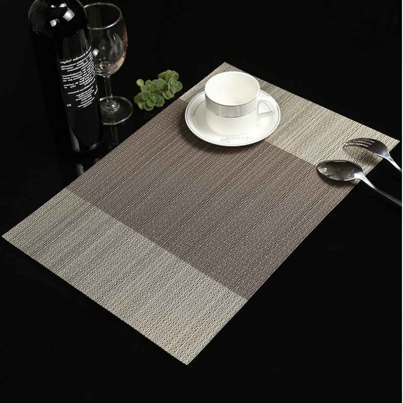 Stylish Woven PVC Place Mat for Fine Dining
