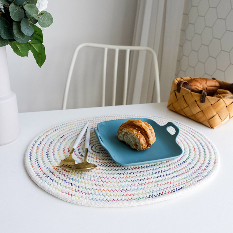 Stylish Woven Cotton Placemats for Exquisite Dinners