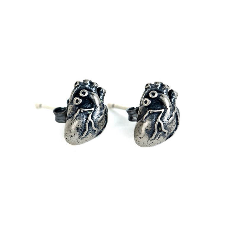 Realistic Mini Heart Retro Stud Earrings for Vintage Theme Parties