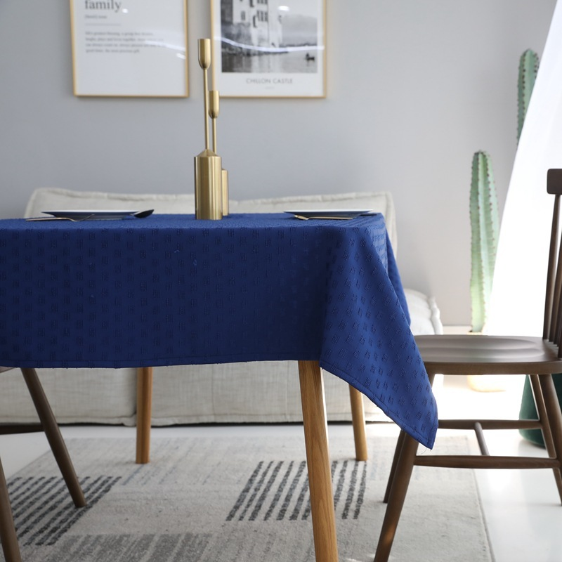 Simple Monochrome Tablecloth for TV Room