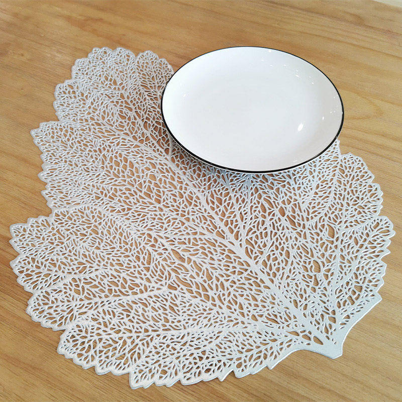 Economical Non-Slip Leaf Design Placemats for Dinning Tables And Plates