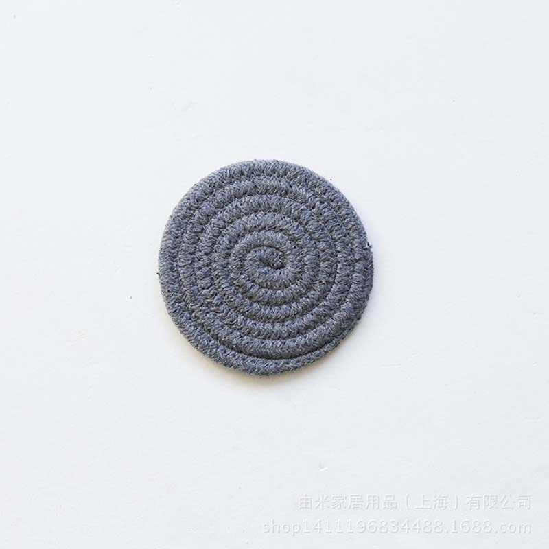Hand-Woven Round Cotton Placemats for Protecting Tables