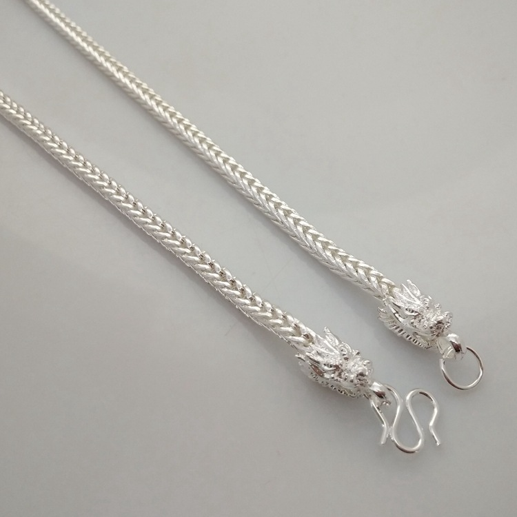 Unisex U-Shaped Silver-Plated Necklace for Simple yet Stylish Accessories