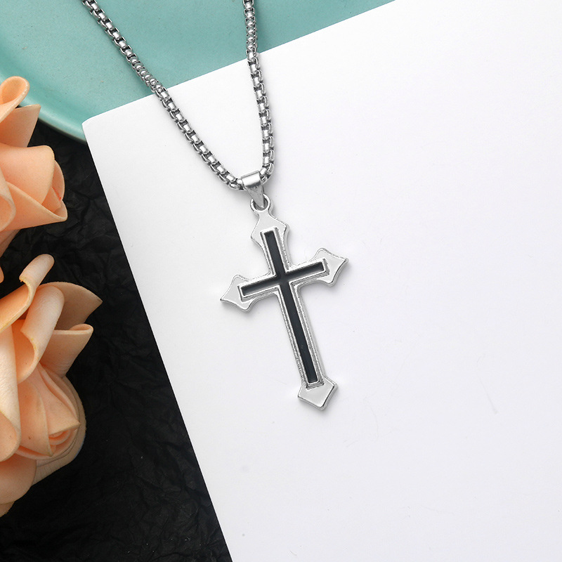 Domineering Black Cross Chain Necklace for American Style Fashion Outfits