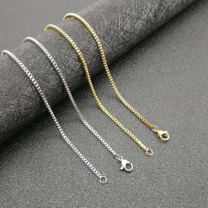 Lustrous Box Chain Necklace for Casual Everyday Wear