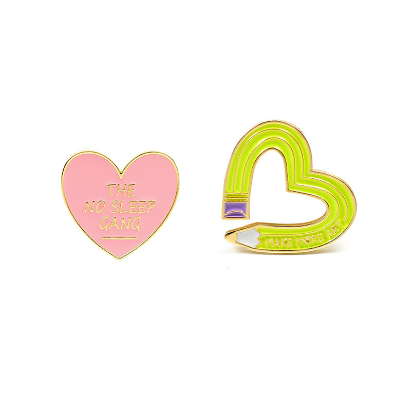 Small Pencil Heart Shaped Pop Art Brooch for Cute Jacket Accessories