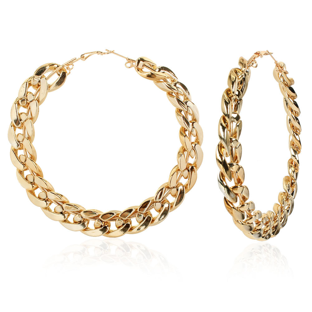 Retro Large Curb Chain Hoop Earrings for Exceptional Ear Accessories