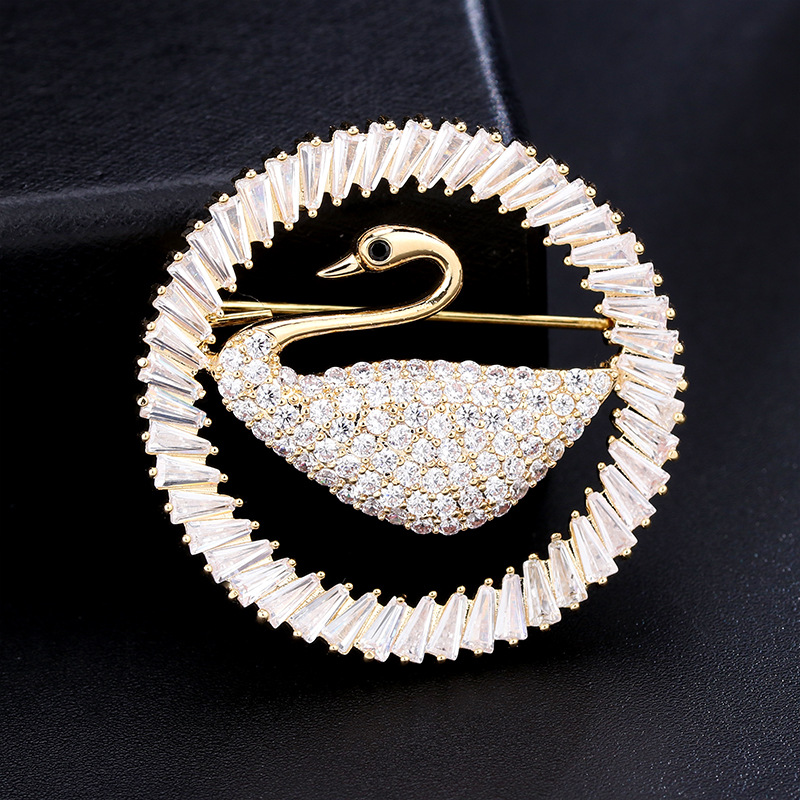 finely Detailed Little Swan Brooch for Classy Scarf Accessories