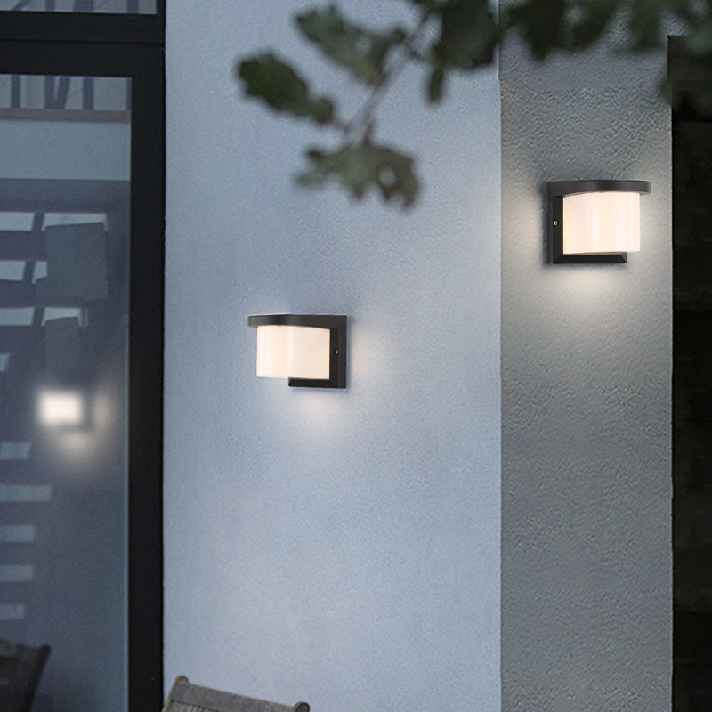 Bold Sconces Wall Light for Outdoor Use