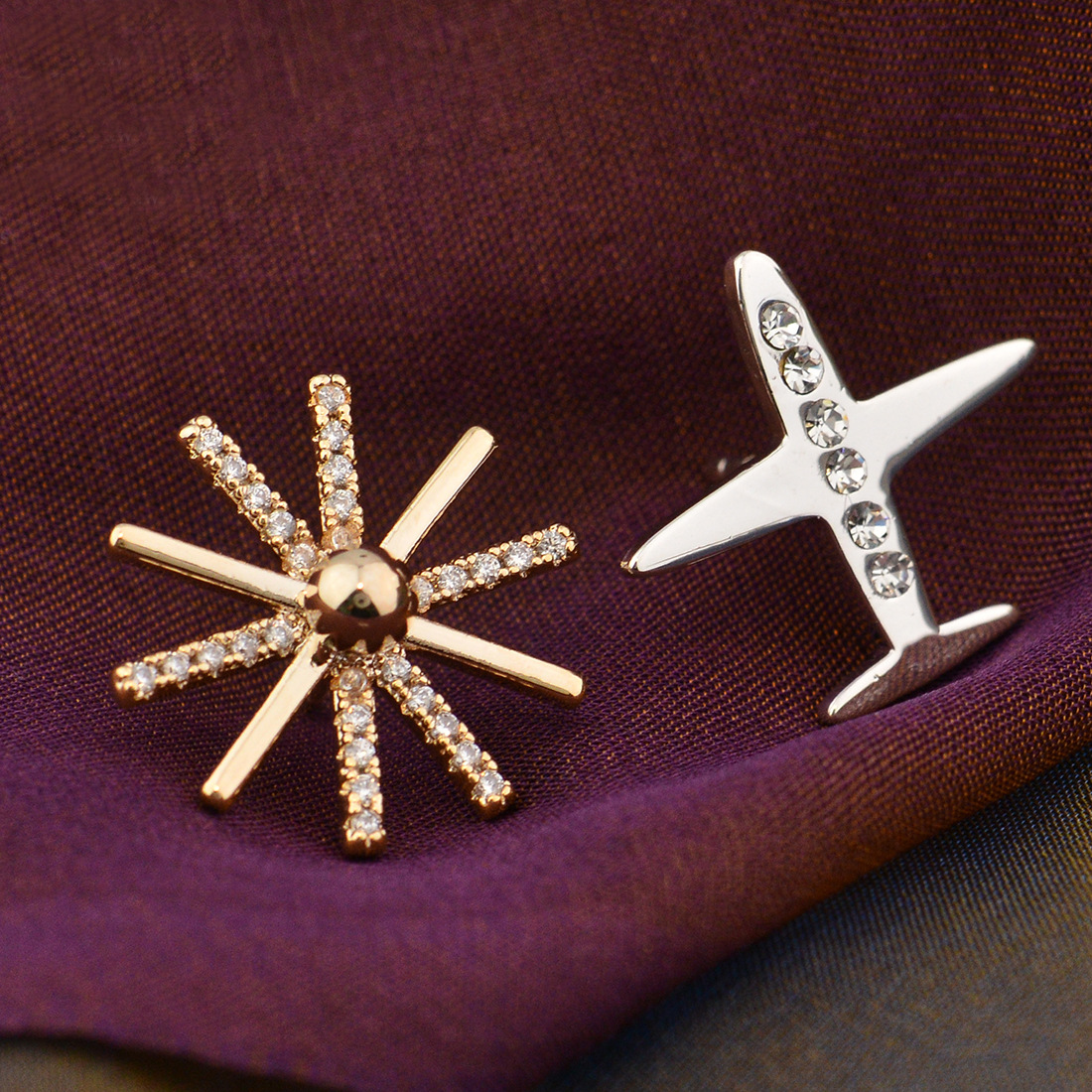 Elegant Synthetic Gem Detailed Sun and Airplane Brooch for Accessorizing Your Jackets