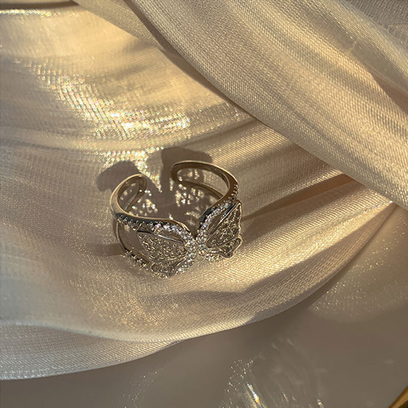 Vintage Butterfly Detail Ring for Casual Wear