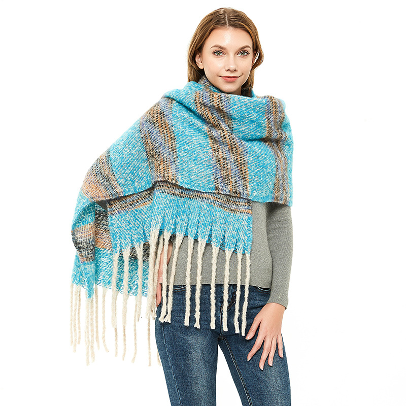 Thickened Scarf with Tassel Design for Winter Season Fashion Use