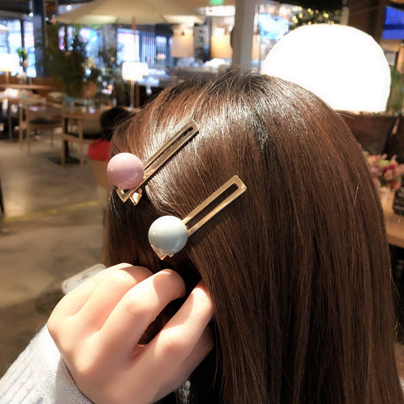Eye-Catching Ball Alloy Hair Clip for Styling Your Bangs