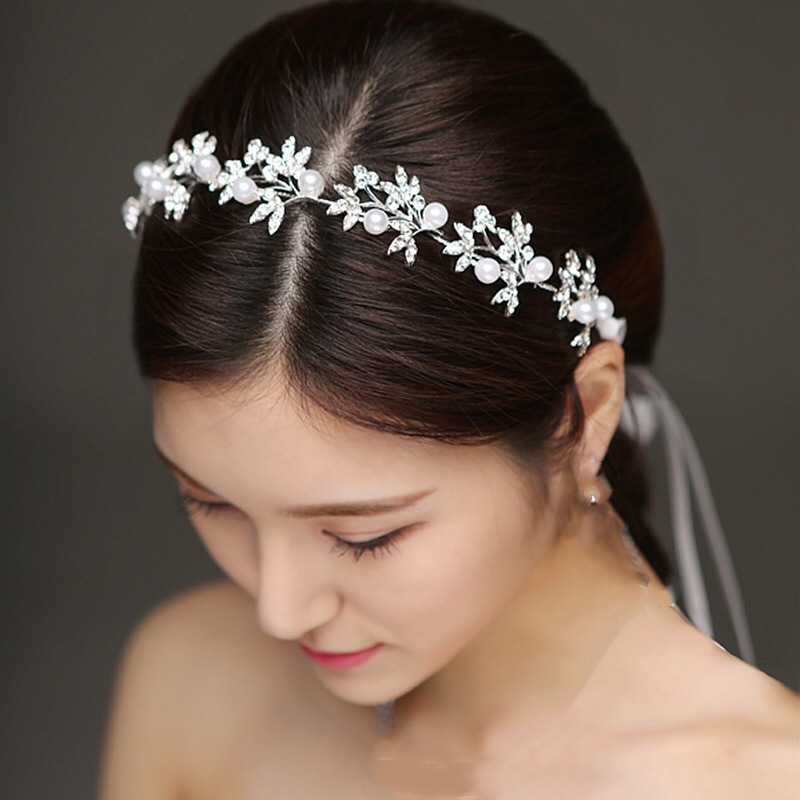Exquisite Fern and Faux Pearl Headdress for Weddings