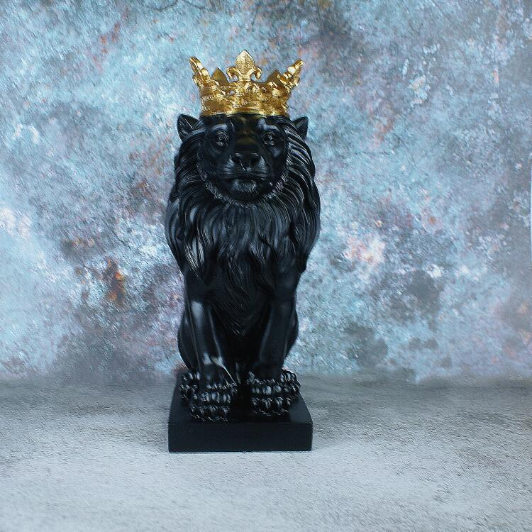 Mighty Crown Lion for Additional Home Aesthetics