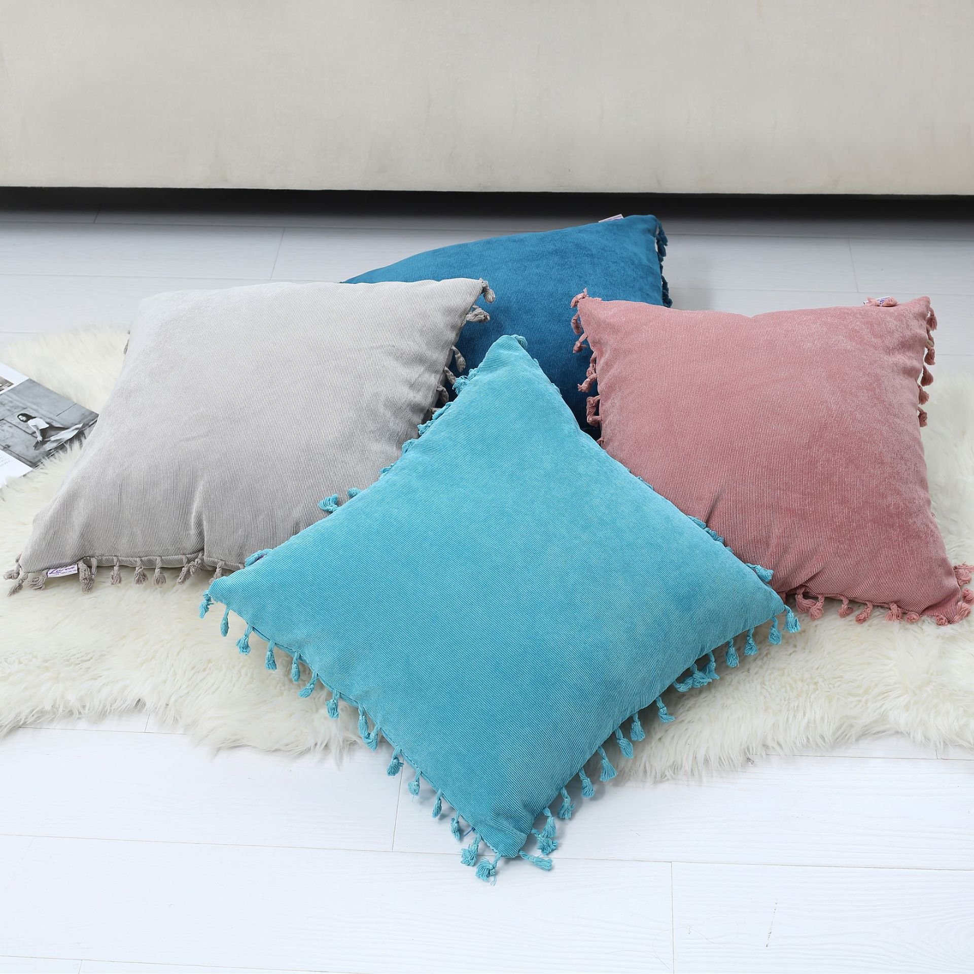 Solid Color Square Pillowcase with Side Tassels for Living Room