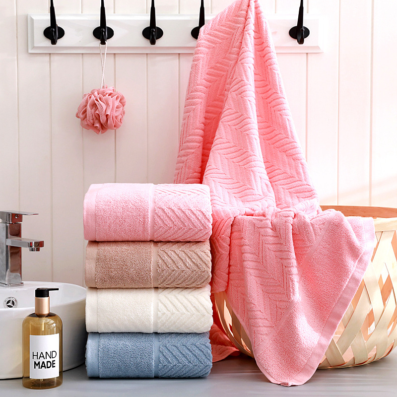 Thick Soft Bath Towel with Diagonal Linings
