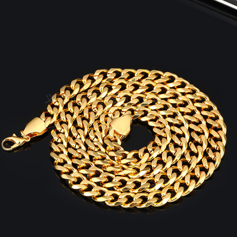 Striking Chain Necklace with Durable Lock for Bachelor Parties
