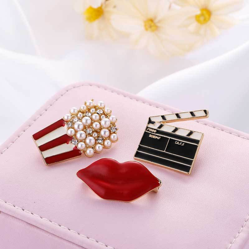 Movie House Themed Brooch for Events