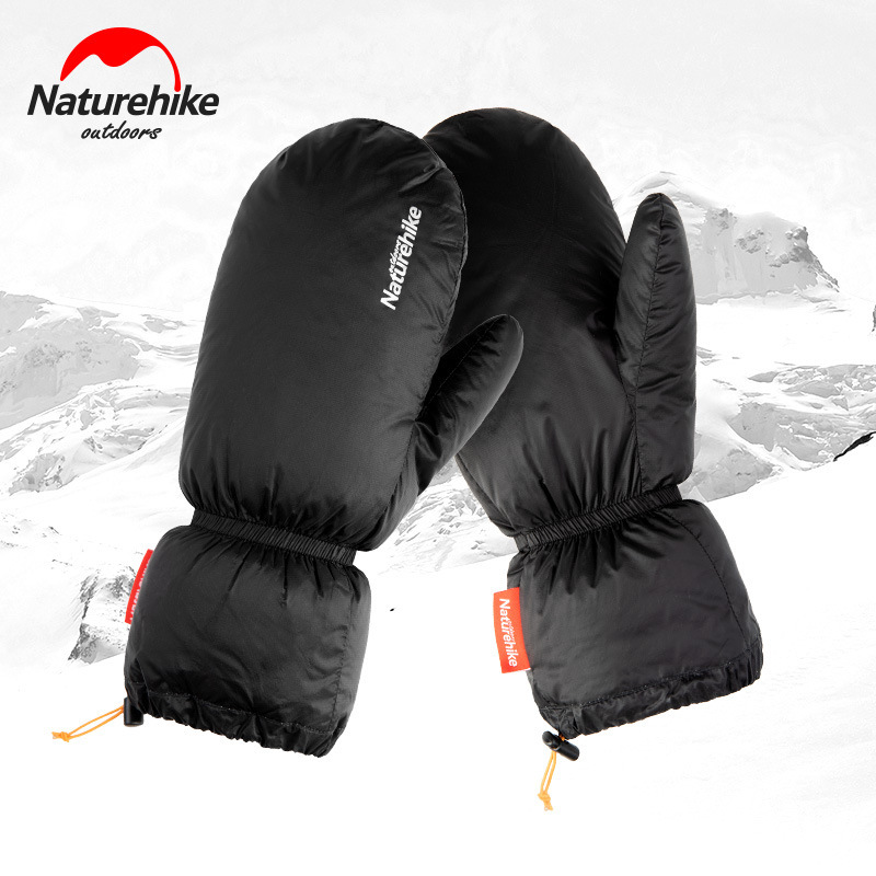 Thick Nylon Ski Gloves for Keeping Your Hands Warm