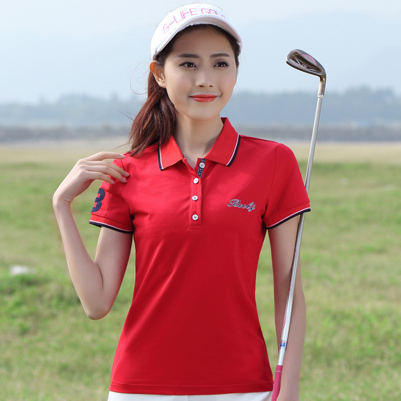 Minimalistic Cotton Polo for Playing Golf